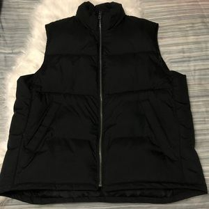 GAP Men's Black Puffer Quilted Vest Size Medium